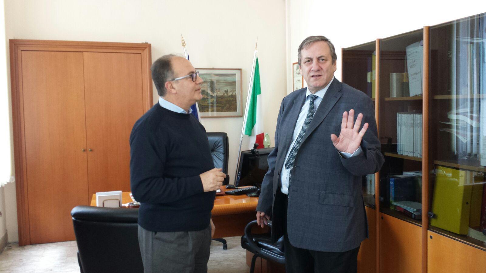 Il Capitano Ciro Esposito, incontra il dottore Salzano su problema cassa marittima a Torre del Greco
