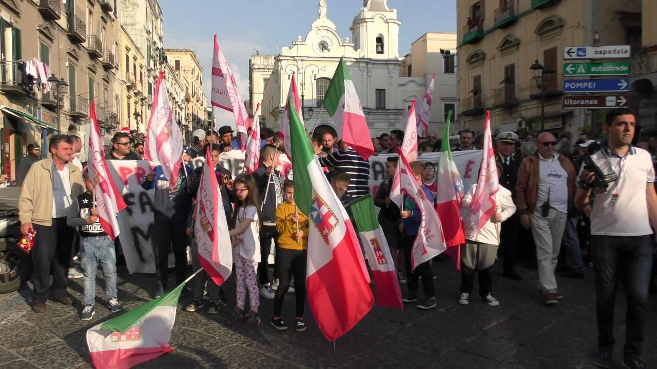 29 Aprile 2016, mille persone in piazza, politica locale assente