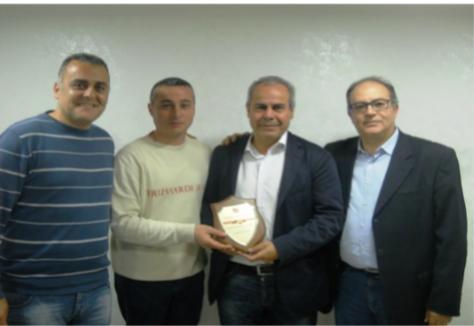 Il sindaco di Torre del greco, Ciro Borriello in visita all'Associazione