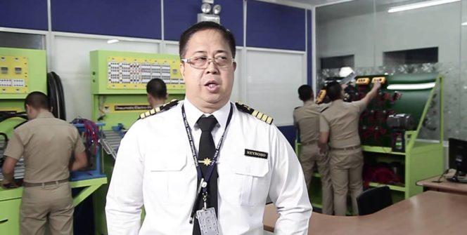 Un giorno ci dovranno spiegare il motivo di fare un accademia per marittimi a Manila